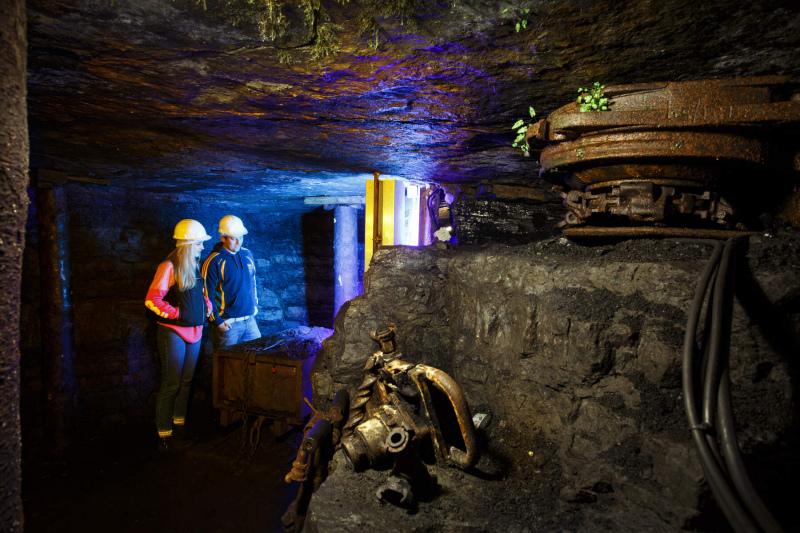 couple underground at arigna mines co roscommon web size
