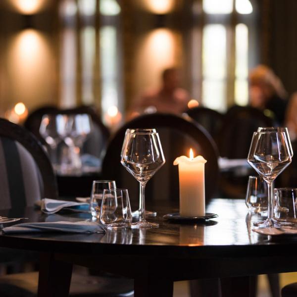 twelvehotelrestaurant